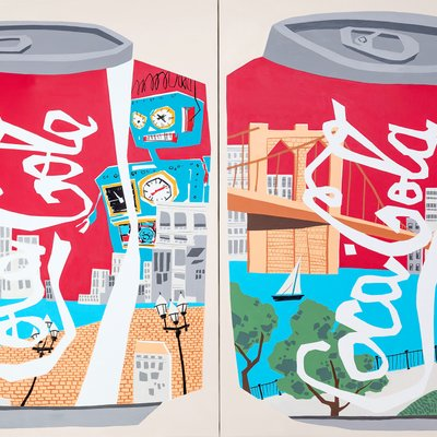 [A1081-0042] Two coca-colas